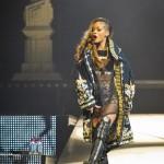 Rihanna - Centre Bell - Montreal - 2013 - 04