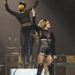 Rihanna - Centre Bell - Montreal - 2013 - 05