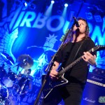 Airbourne-Montreal-2013-06