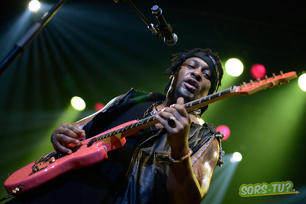 D-Angelo-Montreal-2013-02