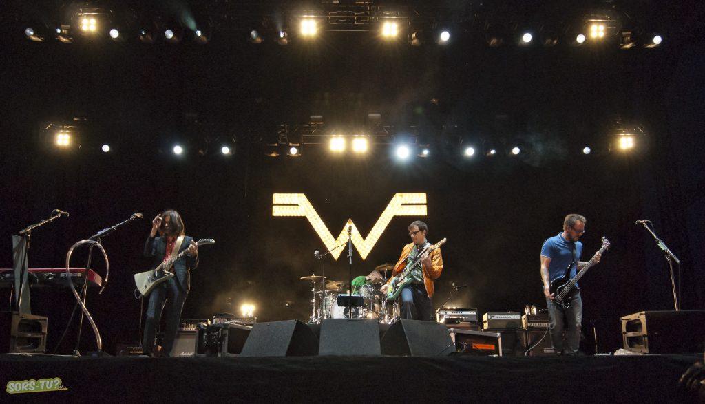 Weezer-Ottawa-Bluesfest-2013-011