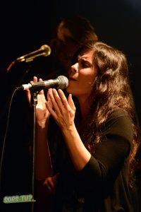 julie-blanche-lion-dor-2013-02