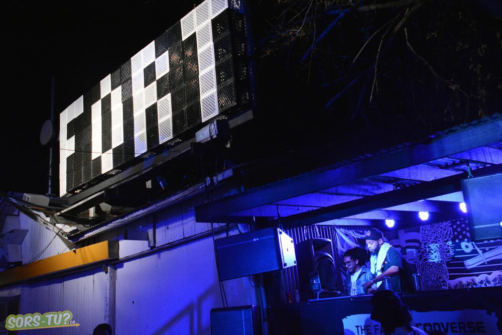 DJ au Fader Fort.  Photo par Marc-André Mongrain.