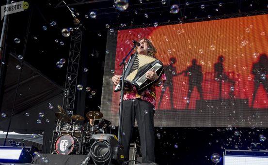 WeirdAlYankovic-RBCbluesfest-Ottawa-festival-Sorstuca-2015-9