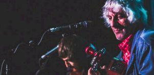 POP Montréal 2015 – Jour 4 | Lee Ranaldo et Eleni Mandell acoustiques chez Ubisoft