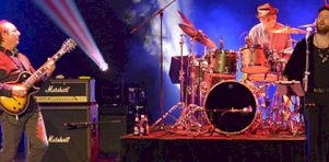 En photos | Three Friends jouent Gentle Giants au Palais Montcalm