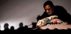 Guerre et paix au Théâtre d'Aujourd'hui   Marionnettes politisées