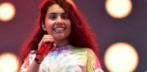 Festival d'été de Québec 2016 – Jour 5 | Alessia Cara sur les Plaines : Inspirante et inspirée