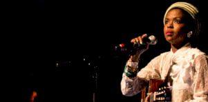 Festival de jazz de Montréal 2016 – Jour 8 | Ms Lauryn Hill à la Place des Arts : Une énergie fébrile