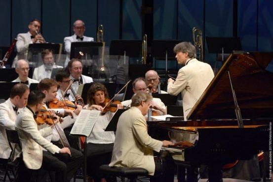 Alain Lefèvre au piano et <a href='/artiste/kent-nagano/' >KentNagano</a> au Festival de Lanaudière. Crédit photo: Cristina Alonso