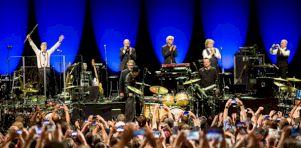 Festival de Jazz de Montréal 2017 – Jour 5 | King Crimson à la Salle Wilfrid-Pelletier: Électrisant de beauté