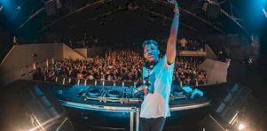 Herobust au New City Gas |  Un DJ qui regorge d'énergie!