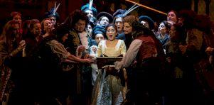 Lucia Di Lammermoor de Donizetti à L'Opéra de Montréal | Voix et musique sublimes mais mise en scène convenue