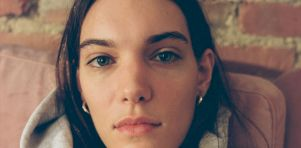 The Phoenix Experience | Charlotte Cardin présente une performance virtuelle immersive pour lancer son premier album