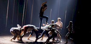 Montréal Complètement Cirque 2018   Backbone à la TOHU : Renversants, les Australiens!
