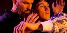 Entrevues pour Bones & Wires à Tangente | Un duo de deux solos