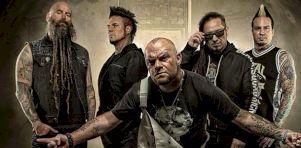 Pourquoi Five Finger Death Punch est un groupe nuisible, surtout au Québec
