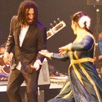 Accès Asie | Perles d'ailleurs - Rhythm Rewritten : Le mariage des traditions et de l'improvisation