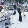 Spectacle hippie au Parc des gouverneurs entre 1974 et 1976.