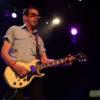 Le guitariste East Bay Ray. Photo par Karine Jacques.
